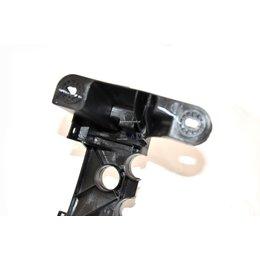 Uchwyt reflektora lewy BMW E81 E87 E88 E82 116i 116d 118i 118d 120d 120i 120d 123d - 51647120823